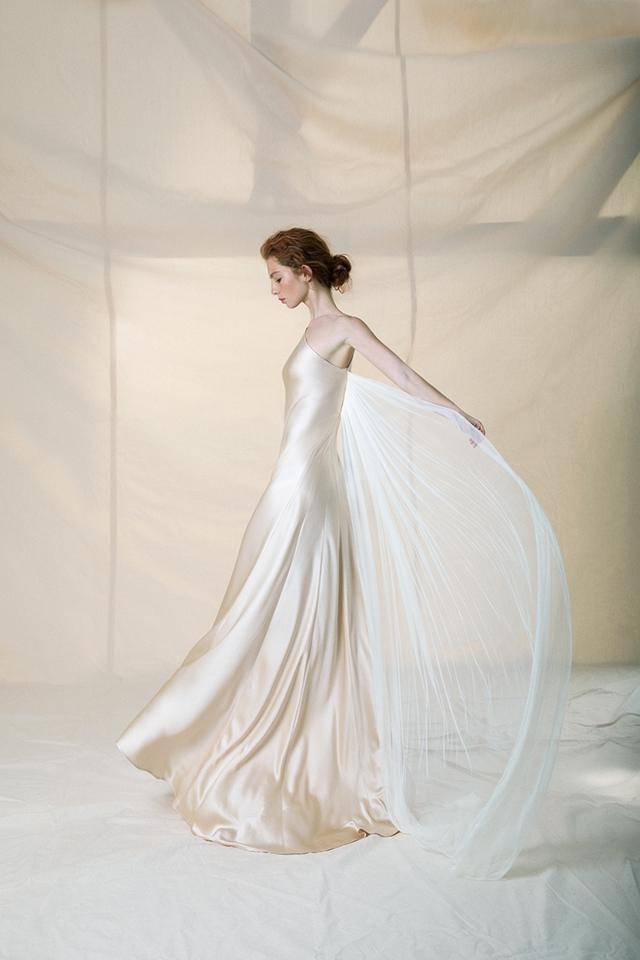 WEBPsiquis-wedding-dress-2