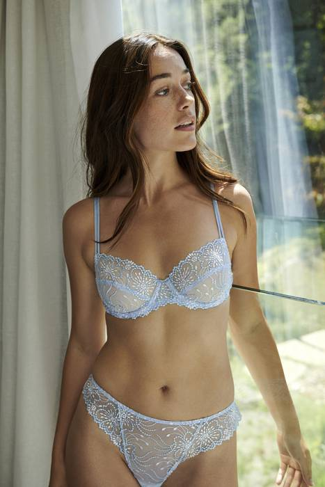 Lauren_ bookwebBlare (78)